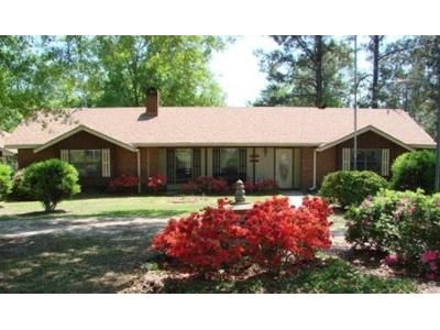 3 Bed 3 Bath Foreclosure Property in Carriere, MS 39426 - Mike Harris Rd