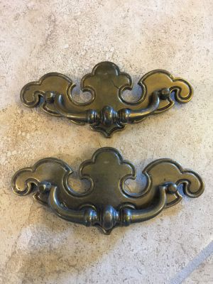 Set of 2 - Large Vintage Chippendale Brass Drawer Pulls - Bat Wings