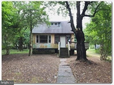 3 Bed 1.5 Bath Foreclosure Property in Malaga, NJ 08328 - W Blvd