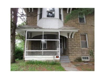Foreclosure Property in Woodbury, NJ 08096 - Curtis Ave