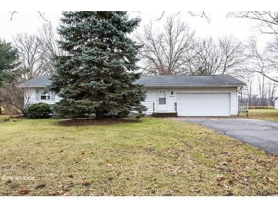 3 Bed 2 Bath Foreclosure Property in Marshall, MI 49068 - A Dr N