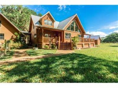 Beautiful Custom Cypress Log Home