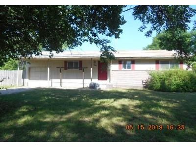 3 Bed 1 Bath Foreclosure Property in Dewey, OK 74029 - S Seminole Ave