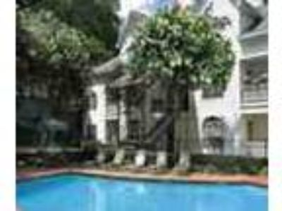 Savannah One BR W Pool Gym Convenient Location