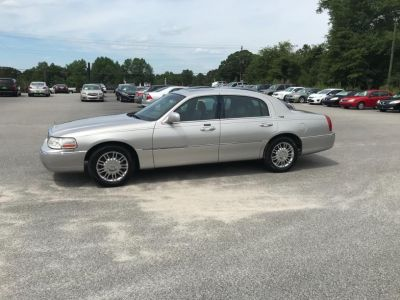 2007 Lincoln Town Car Signature Limited (Tan)