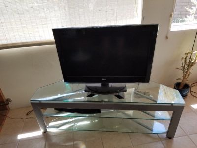 30 inch LG TV with Glass TV Stand