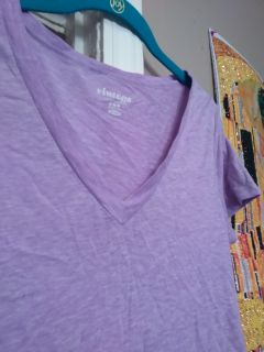 Old Navy v neck tee. Cool. VGUC size medium