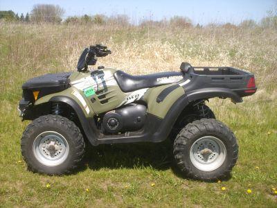 2004 Polaris ATP 330 Utility ATVs Mukwonago, WI