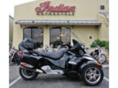 2010 Can-Am Spyder Roadster RT-S SM5