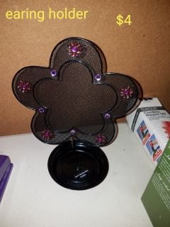 Flower earring holder