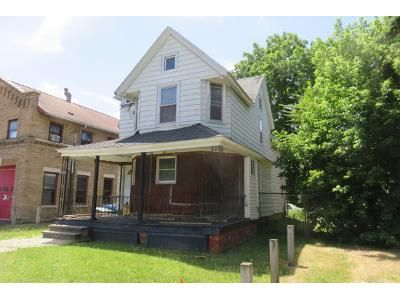 3 Bed 1 Bath Foreclosure Property in Rochester, NY 14611 - Genesee St