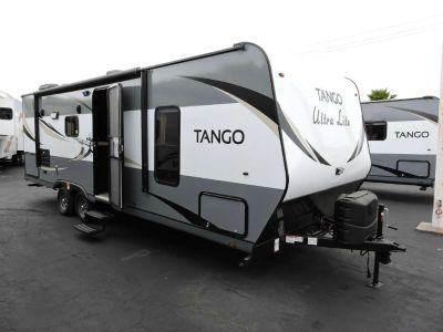 2017 Pacific Coachworks TANGO 24RBS OUTDOOR KITCHEN