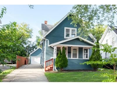 2 Bed 1 Bath Foreclosure Property in Waukesha, WI 53186 - W Newhall Ave