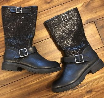 Girls Soda sparkly zipper boots - size 2