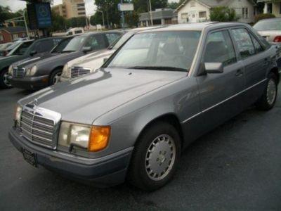 1992 Mercedes-Benz 300-Class 300E