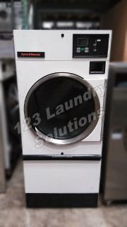 Heavy Duty Speed Queen Single Pocket Dryer Natural Gas ST030NECB2G1W01 120v 60Hz 1Ph Used