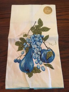 Pretty Linen Dish Towel with Grapes