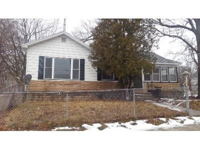2 Bed 1 Bath Foreclosure Property in Muskegon, MI 49442 - Wood St