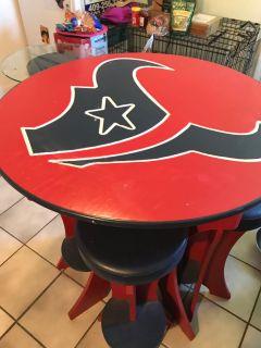 Texan table and bar stools