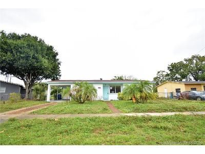 3 Bed 2 Bath Foreclosure Property in Fort Lauderdale, FL 33311 - NW 1st St