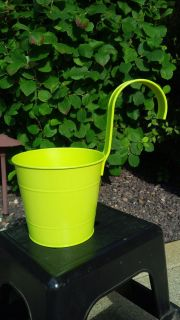 Fence Post Planter with Hook in Key Lime
