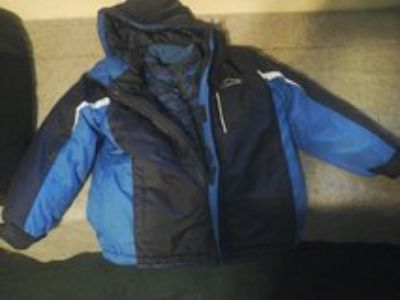 boys xpedition brand winter coat 2 coats in one size large 10/12