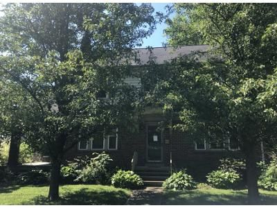 4 Bed 2 Bath Preforeclosure Property in Nazareth, PA 18064 - Belvidere St