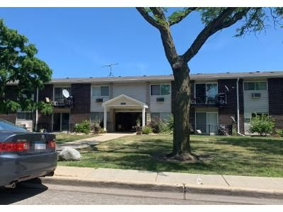 1 Bed 1 Bath Preforeclosure Property in Des Plaines, IL 60016 - Terrace Pl Apt 1h