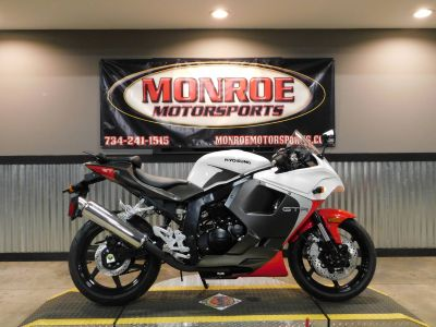2015 Hyosung GT250R Sport Motorcycles Monroe, MI