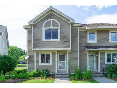 2 Bed 1.5 Bath Foreclosure Property in Ayer, MA 01432 - Littleton Rd