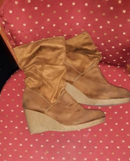 TAN SUEDE WEDGE BOOTIES SIZE 10