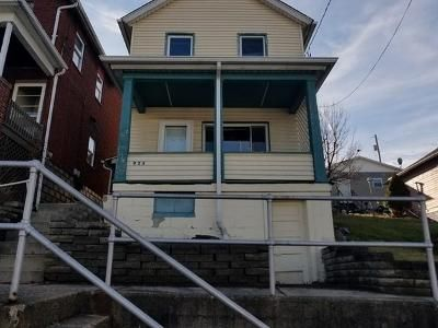 2 Bed 1 Bath Foreclosure Property in Charleroi, PA 15022 - Meadow Ave