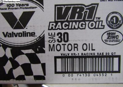 1 Qt. Valvoline VR1 30 motor oil with Zinc