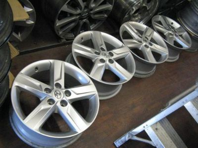 Sell TOYOTA CAMRY SIENNA 17X7 FACTORY ORIGINAL OEM 5X4.5 BOLT ALLOY WHEELS RIMS 69604 motorcycle in Azusa, California, United States, for US $629.99