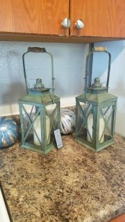 Pair of lanterns with remote candles