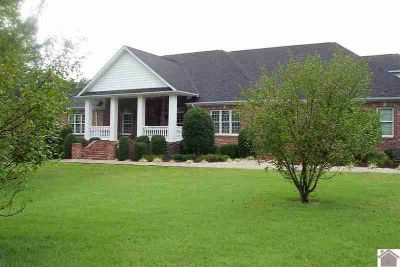230 Cedar Ridge Place Paducah Five BR, Custom built builders