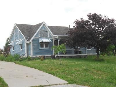 2 Bed 2 Bath Foreclosure Property in Davenport, IA 52804 - 100th Ave