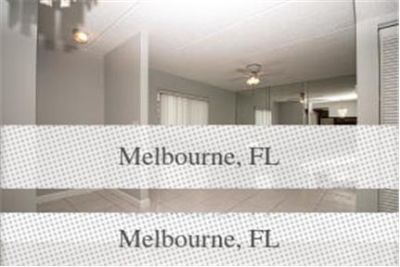 2 bedrooms Condo - Large & Bright. Parking Available!