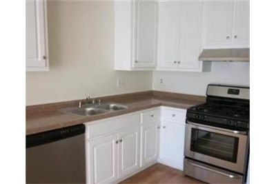 Condo for rent in Hills.