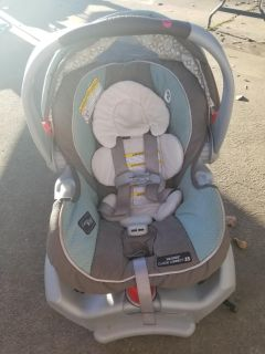 Graco infant carseat $30