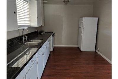 Nice 2 bedroom, 1 bath home, recently remodeled