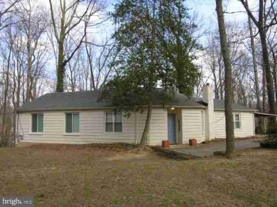 7311 Oriole Ave SPRINGFIELD Two BR, SECLUDED SINGLE FAMILY - in