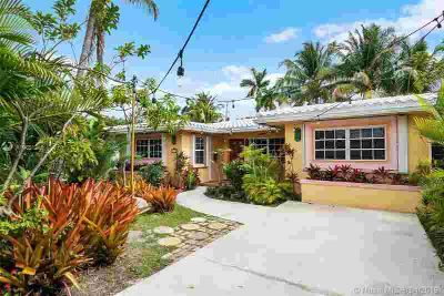 1038 Lincoln St Hollywood, First time on the market in over