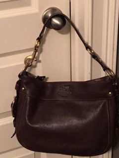Coach Authentic Zoe Brown Leather Hobo Putse