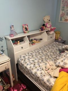Queen bed: headboard, box spring & frame