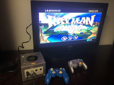 Game Cube System and 1 Game & 2 Controllers