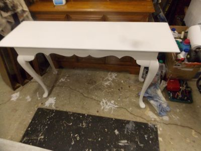 Antique White Entryway Table
