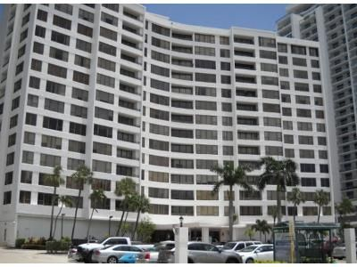 2 Bed 2 Bath Preforeclosure Property in Hollywood, FL 33019 - S Ocean Dr Apt 1414