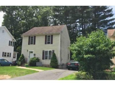 3 Bed 1.5 Bath Foreclosure Property in Bristol, CT 06010 - Vincent Rd