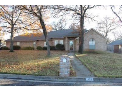 Preforeclosure Property in Burleson, TX 76028 - Oak Valley Rd